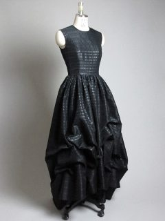 ブラックバルーンドレス
