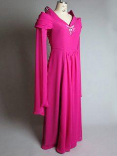 柏田ほづみさんローズピンクドレス